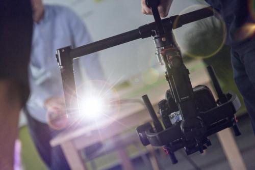 Kleines Setup: unser Gimbal zur Kamerastabilisierung bei einem Imagefilm-Dreh in Heusenstamm.