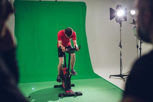 Greenscreen-Aufbau für VFX-Shots im Hanauer Studio.