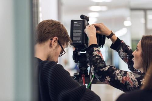 Unser Dreh-Team bei der Produktion eines Imagefilms in Darmstadt.