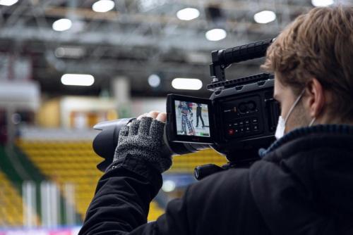 Hier filmt unser Team die Frankfurter Eishockey-Mannschaft beim Training.