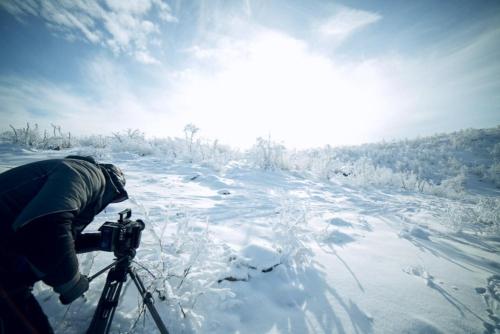 Dreh unter eisigen Bedingungen in Norwegen: das Equipment hält stand.